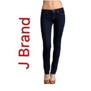 J brand women's Low Rise Jeans Straight Leg Jeans